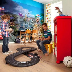8-400 - Cars World Room Set